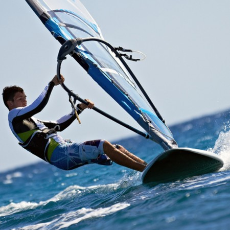 windsurf arnes y footstraps