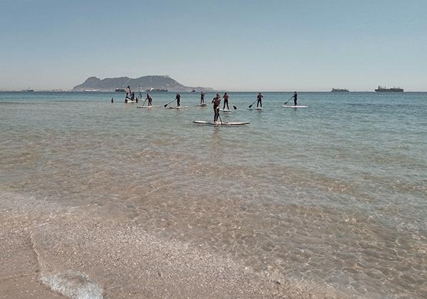 Juegos en paddle surf-campamento verano-Algeciras